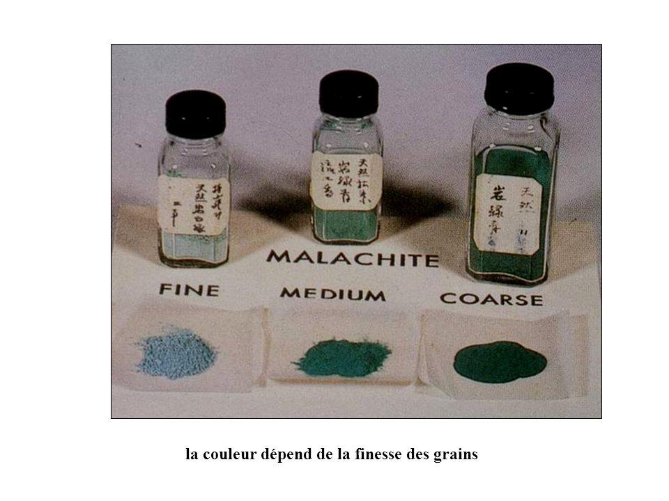 la couleur dépend de la finesse des grains
