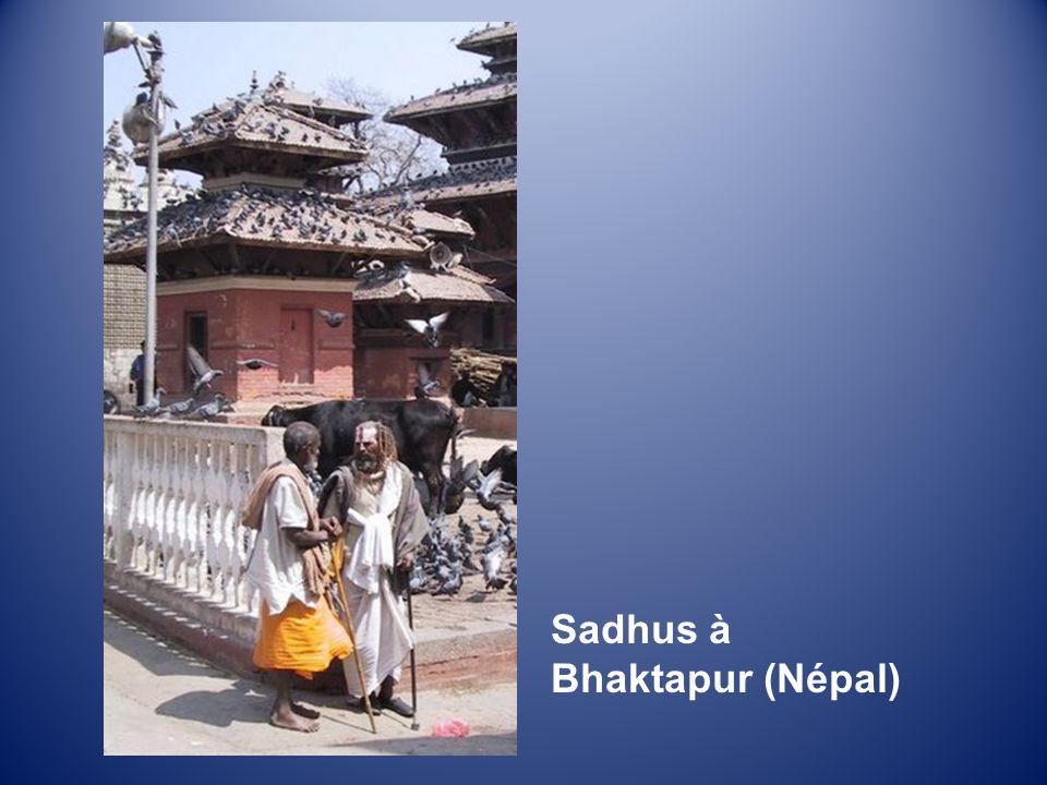 Sadhus à Bhaktapur (Népal)