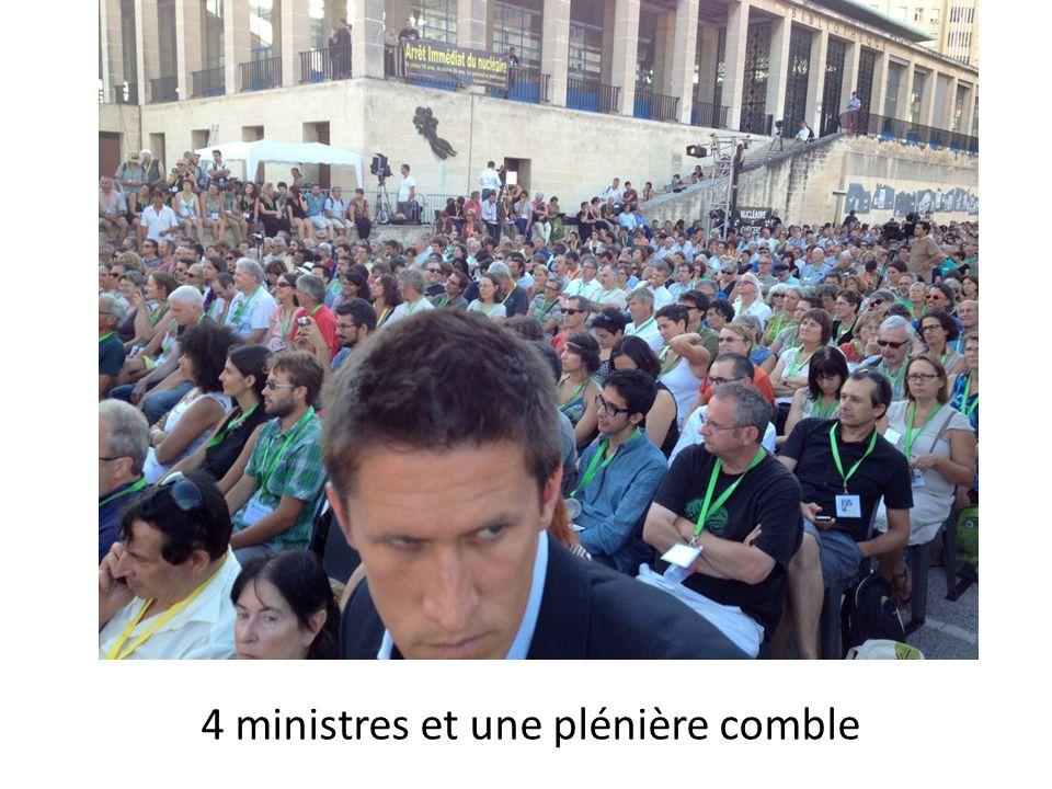 4 ministres et une plénière comble