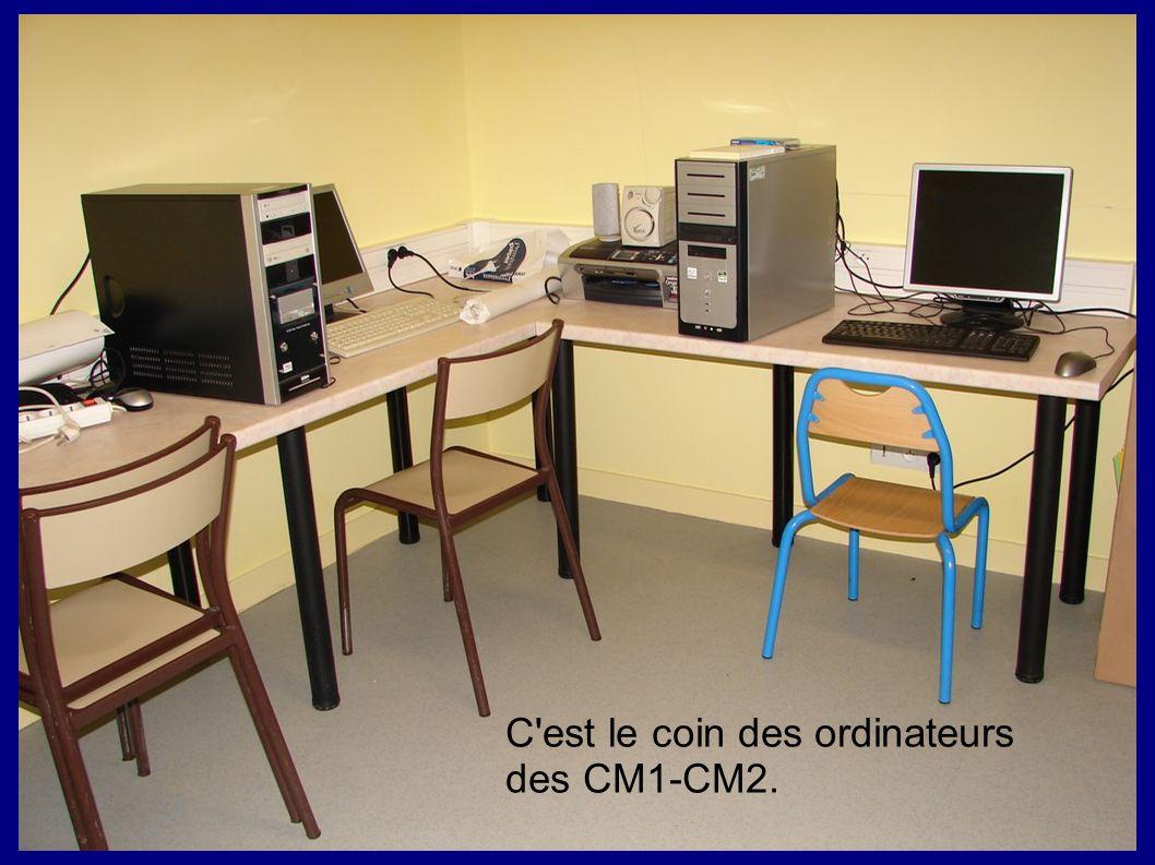 C est le coin des ordinateurs des CM1-CM2.