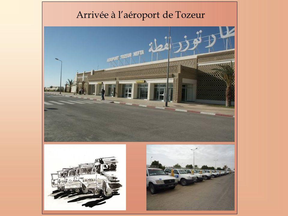 Arrivée à l'aéroport de Tozeur