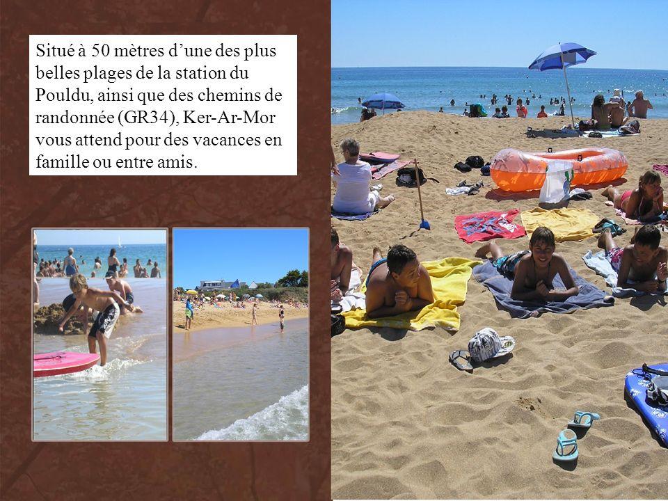 Situé à 50 mètres d'une des plus belles plages de la station du Pouldu, ainsi que des chemins de randonnée (GR34), Ker-Ar-Mor vous attend pour des vacances en famille ou entre amis.
