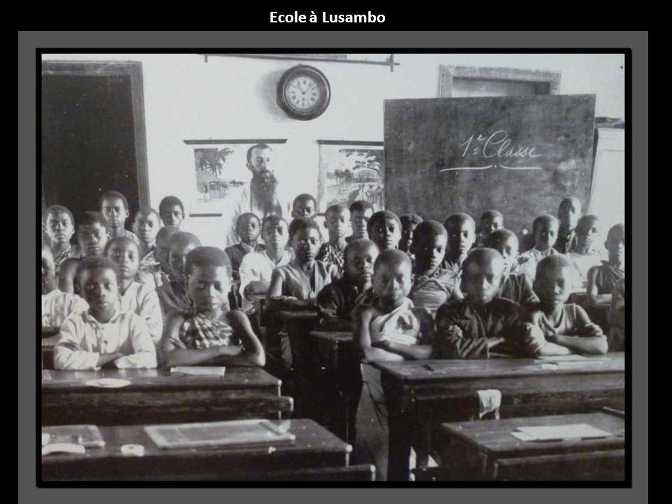 Ecole à Lusambo