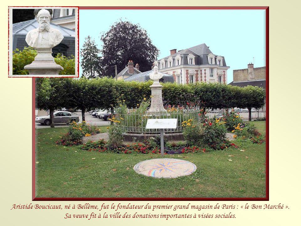 Aristide Boucicaut, né à Bellême, fut le fondateur du premier grand magasin de Paris : « le Bon Marché ».