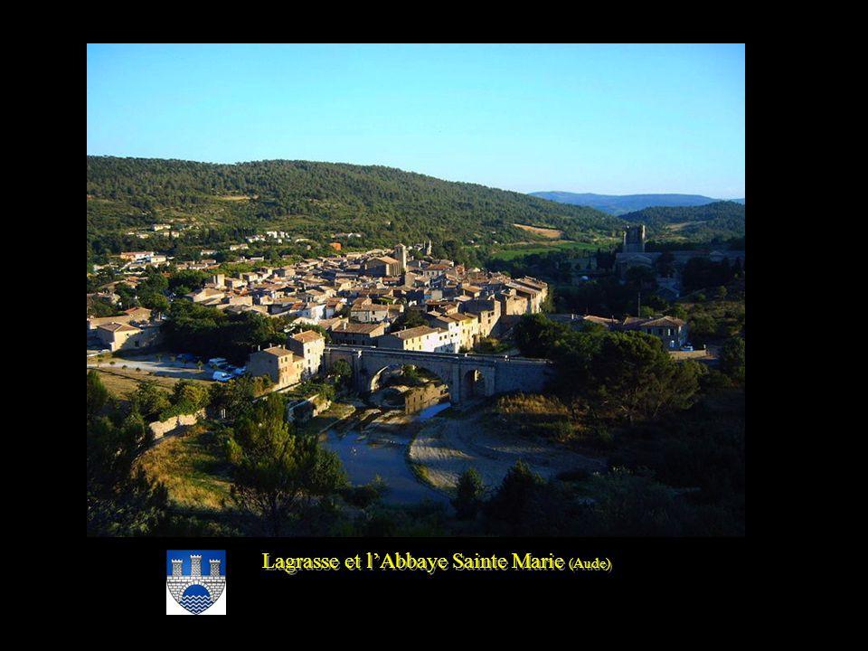 Lagrasse et l'Abbaye Sainte Marie (Aude)