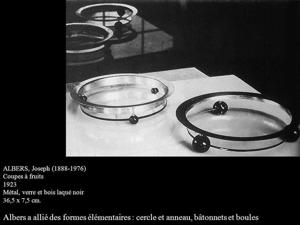 ALBERS, Joseph (1888-1976) Coupes à fruits. 1923. Métal, verre et bois laqué noir. 36,5 x 7,5 cm.