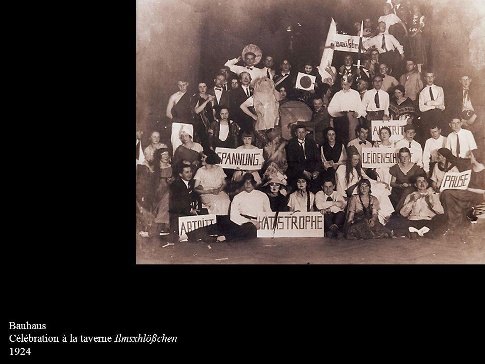 Bauhaus Célébration à la taverne Ilmsxhlößchen 1924