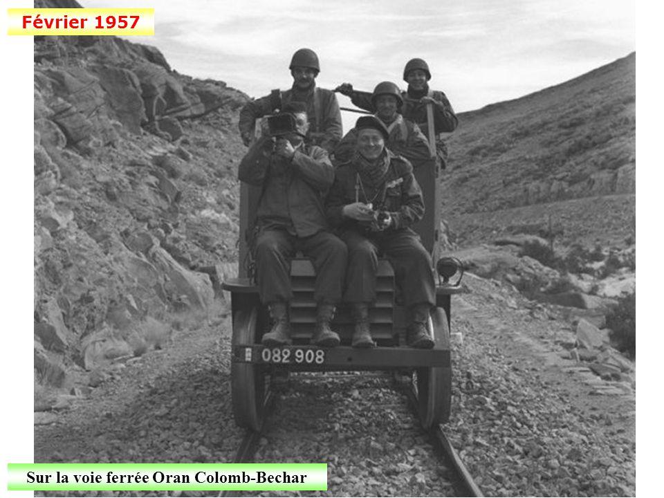 Sur la voie ferrée Oran Colomb-Bechar