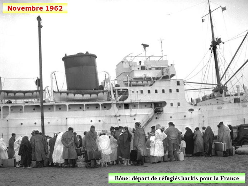 Bône: départ de réfugiés harkis pour la France