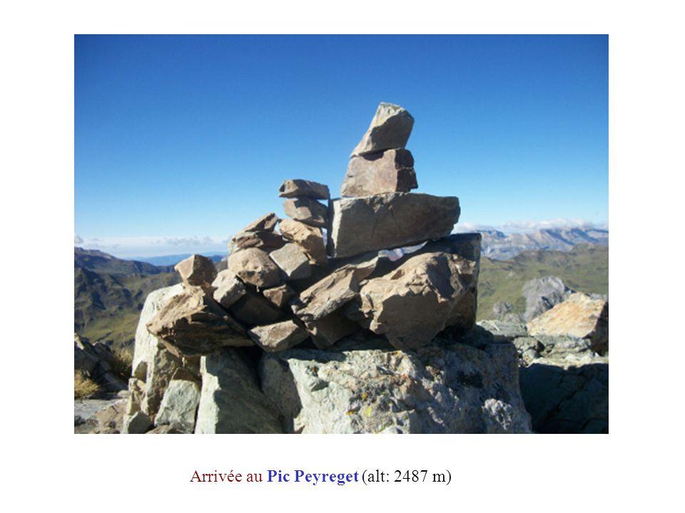Arrivée au Pic Peyreget (alt: 2487 m)