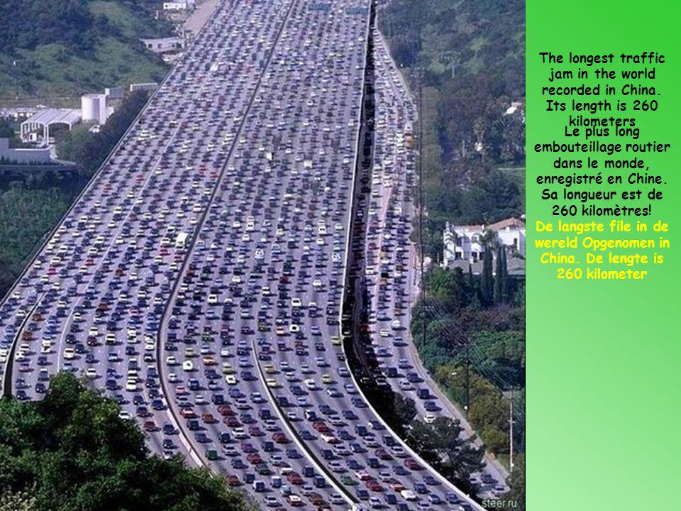 Le plus long embouteillage routier dans le monde, enregistré en Chine.