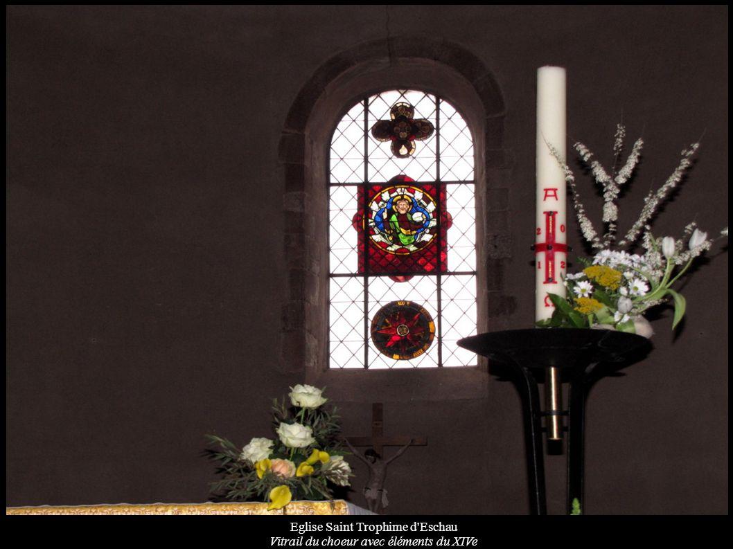 Eglise Saint Trophime d Eschau Vitrail du choeur avec éléments du XIVe