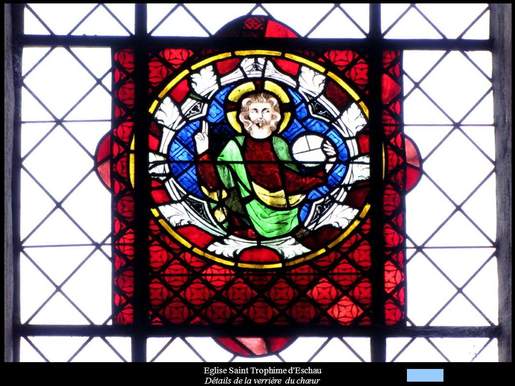 Eglise Saint Trophime d Eschau Détails de la verrière du chœur