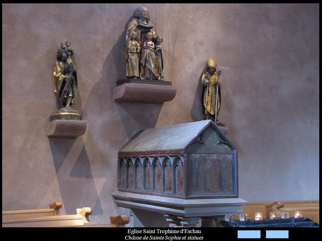 Eglise Saint Trophime d Eschau Châsse de Sainte Sophie et statues