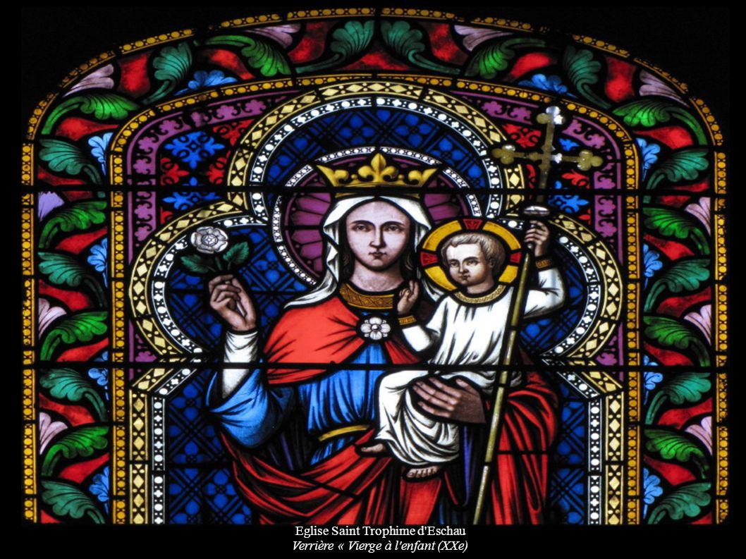 Eglise Saint Trophime d Eschau Verrière « Vierge à l enfant (XXe)