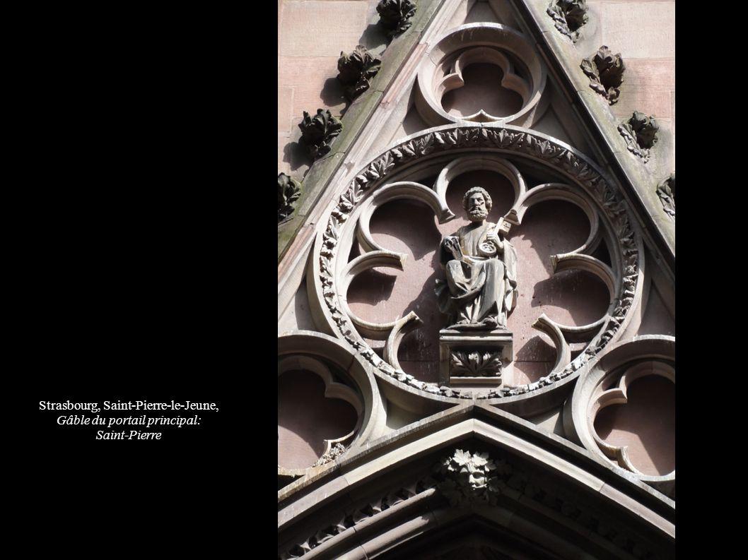Strasbourg, Saint-Pierre-le-Jeune, Gâble du portail principal: