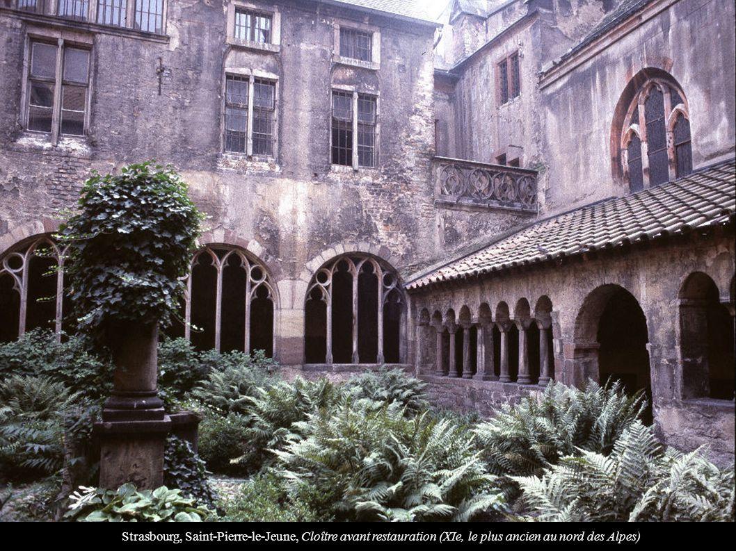 Strasbourg, Saint-Pierre-le-Jeune, Cloître avant restauration (XIe, le plus ancien au nord des Alpes)