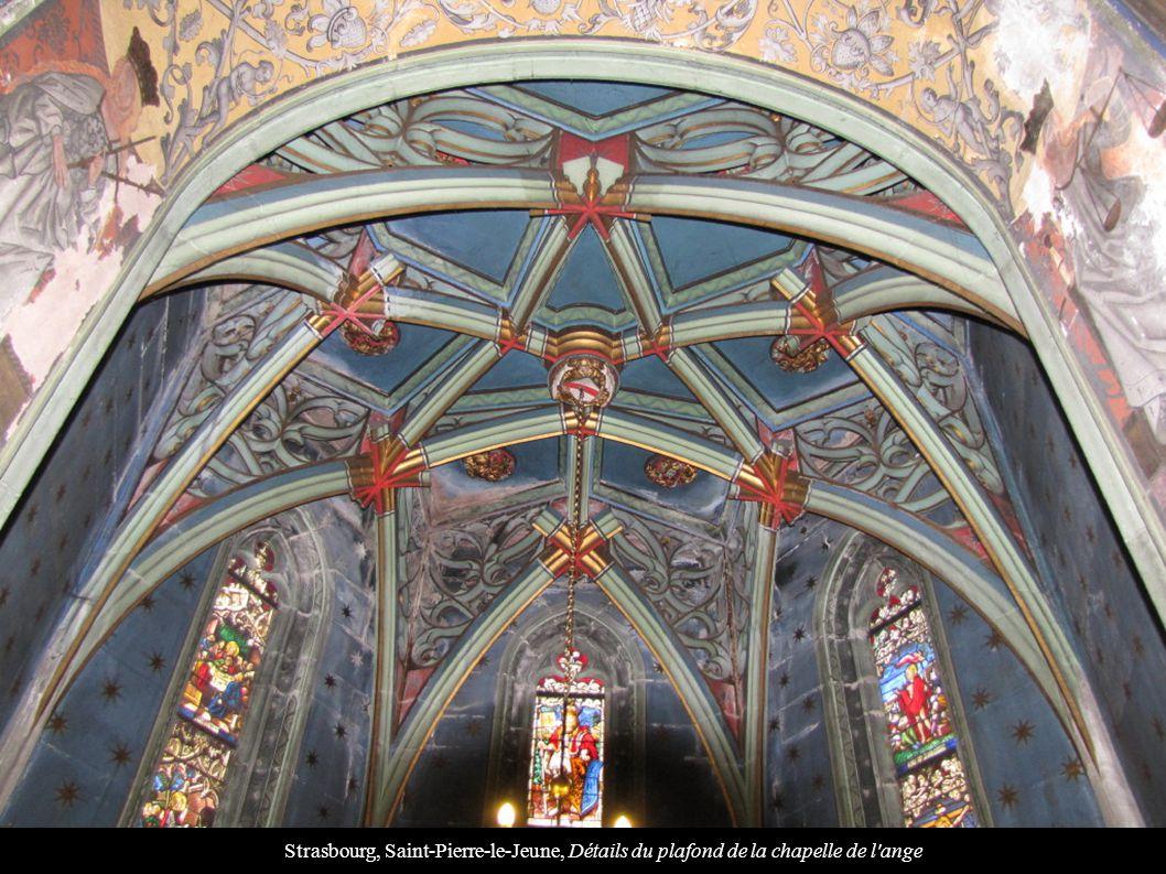 Strasbourg, Saint-Pierre-le-Jeune, Détails du plafond de la chapelle de l ange