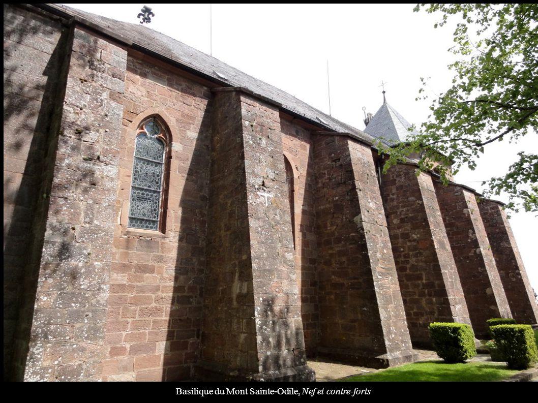 Basilique du Mont Sainte-Odile, Nef et contre-forts
