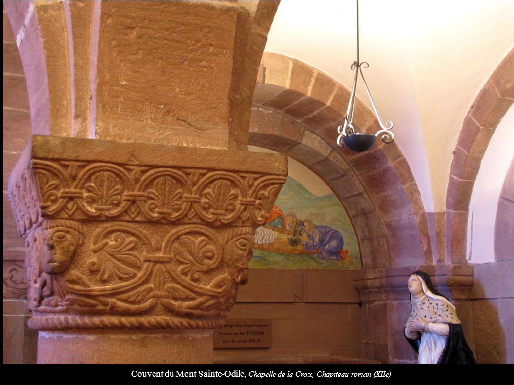 Couvent du Mont Sainte-Odile, Chapelle de la Croix, Chapiteau roman (XIIe)