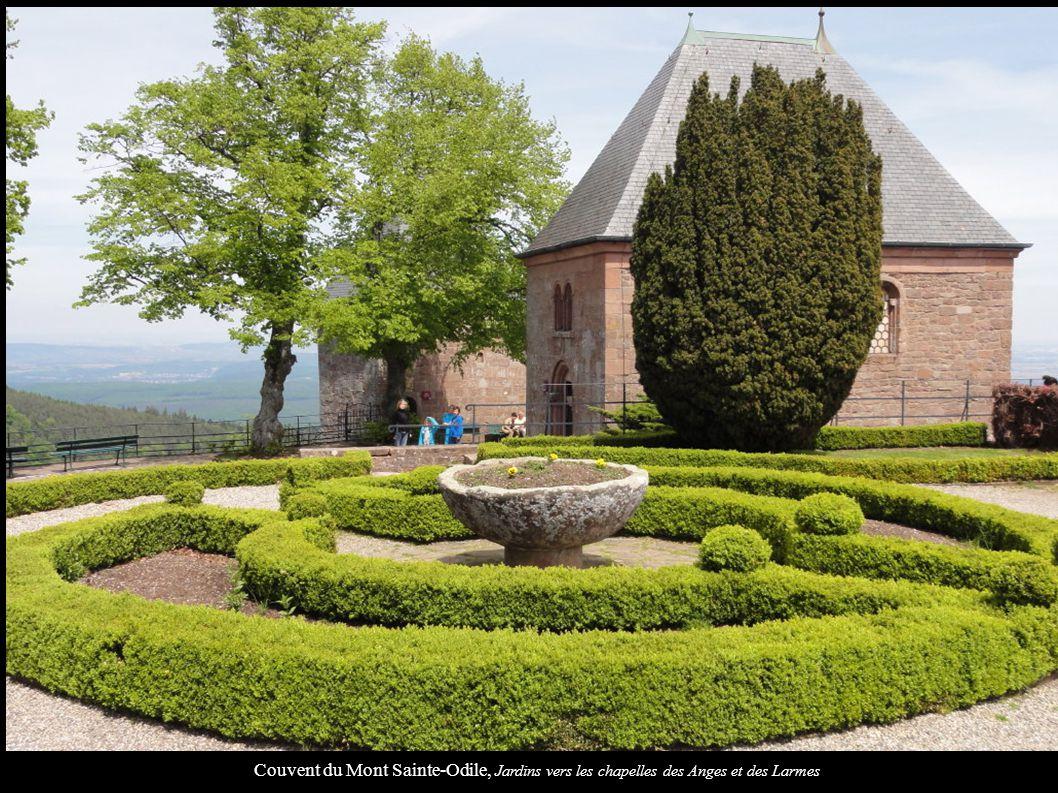 Couvent du Mont Sainte-Odile, Jardins vers les chapelles des Anges et des Larmes
