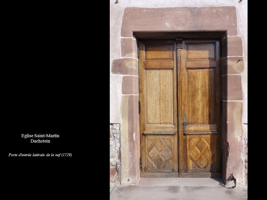 Porte d entrée latérale de la nef (1729)
