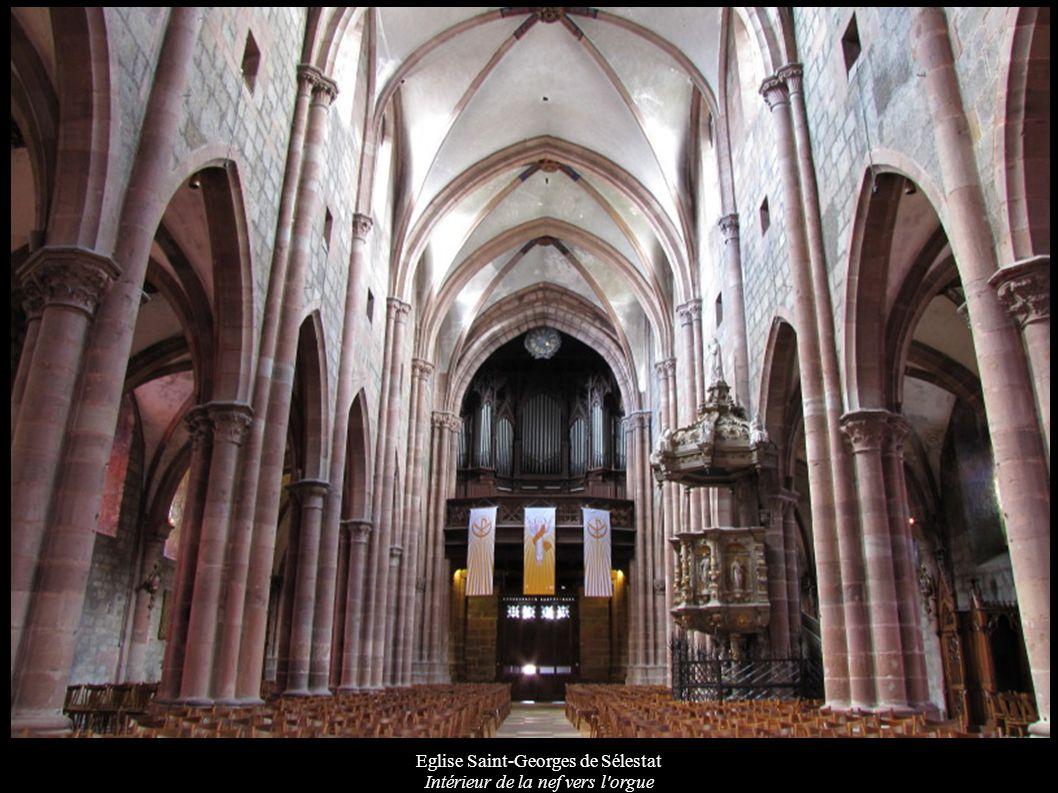 Eglise Saint-Georges de Sélestat Intérieur de la nef vers l orgue