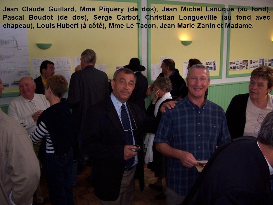 Jean Claude Guillard, Mme Piquery (de dos), Jean Michel Lanuque (au fond), Pascal Boudot (de dos), Serge Carbot, Christian Longueville (au fond avec chapeau), Louis Hubert (à côté), Mme Le Tacon, Jean Marie Zanin et Madame.