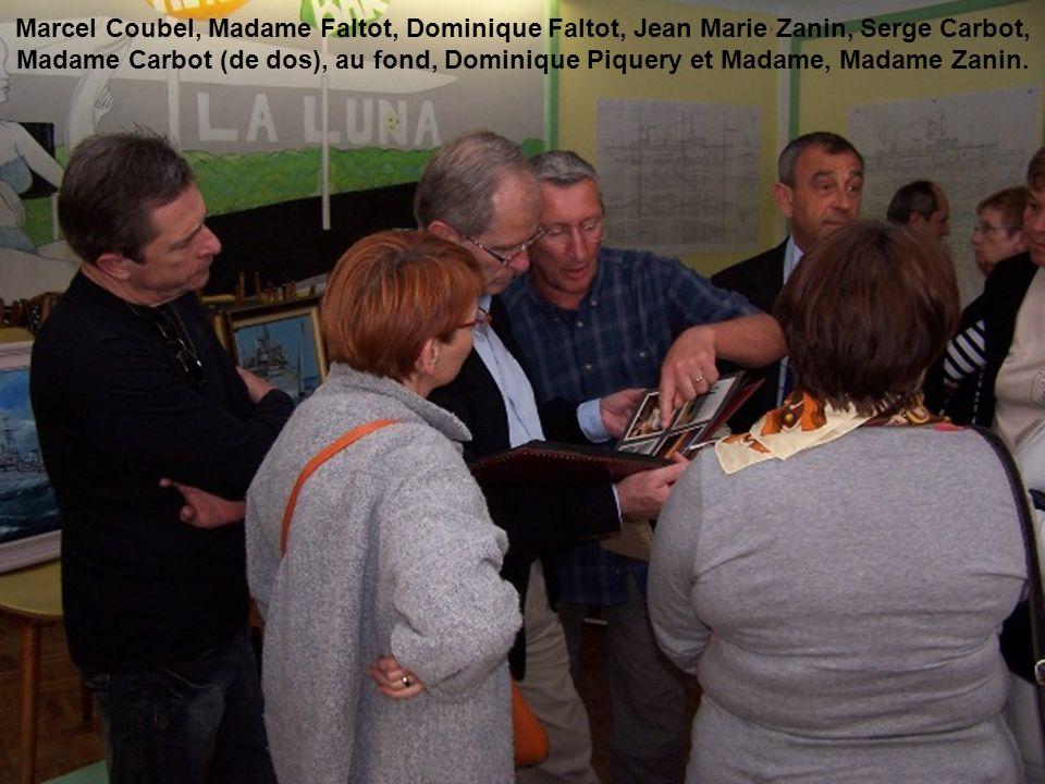 Marcel Coubel, Madame Faltot, Dominique Faltot, Jean Marie Zanin, Serge Carbot, Madame Carbot (de dos), au fond, Dominique Piquery et Madame, Madame Zanin.