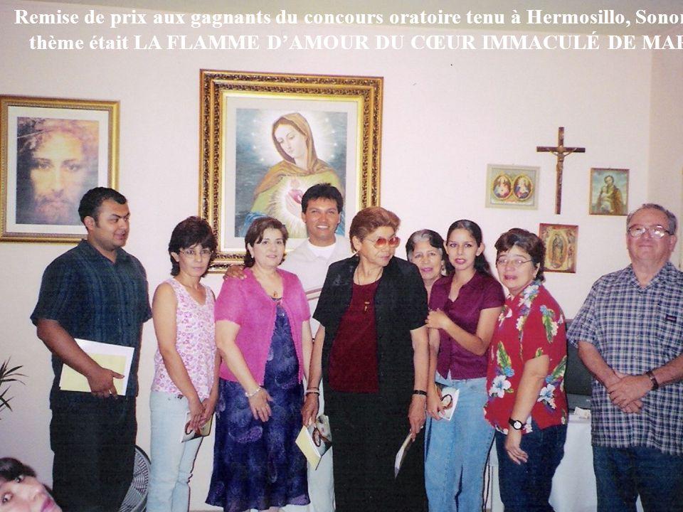 Remise de prix aux gagnants du concours oratoire tenu à Hermosillo, Sonora.
