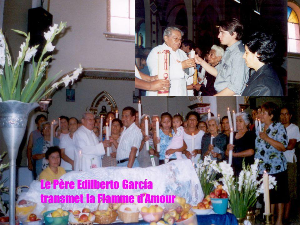 Le Père Edilberto García transmet la Flamme d'Amour
