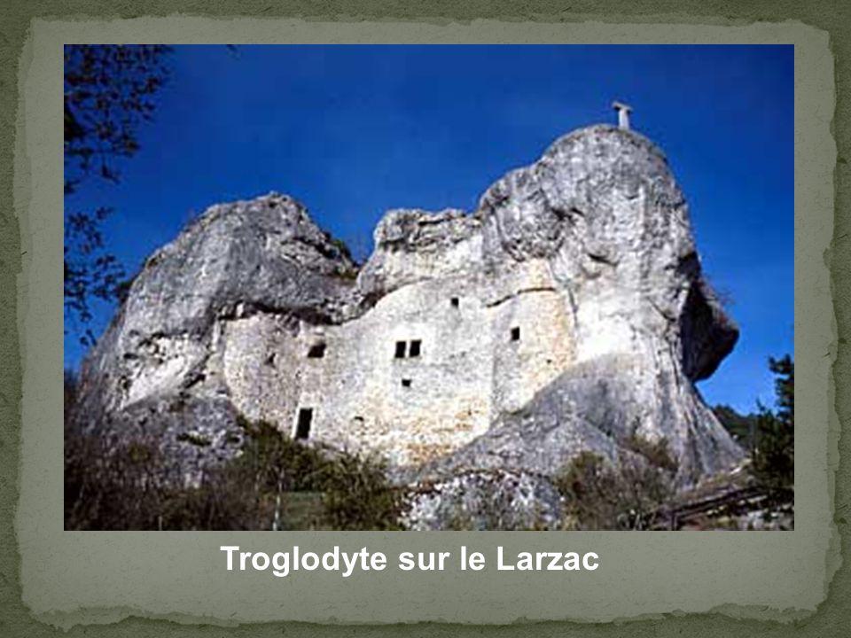 Troglodyte sur le Larzac