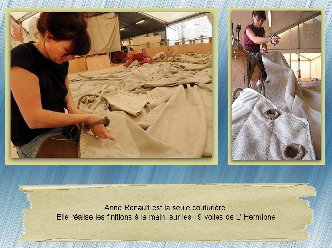Anne Renault est la seule couturière.