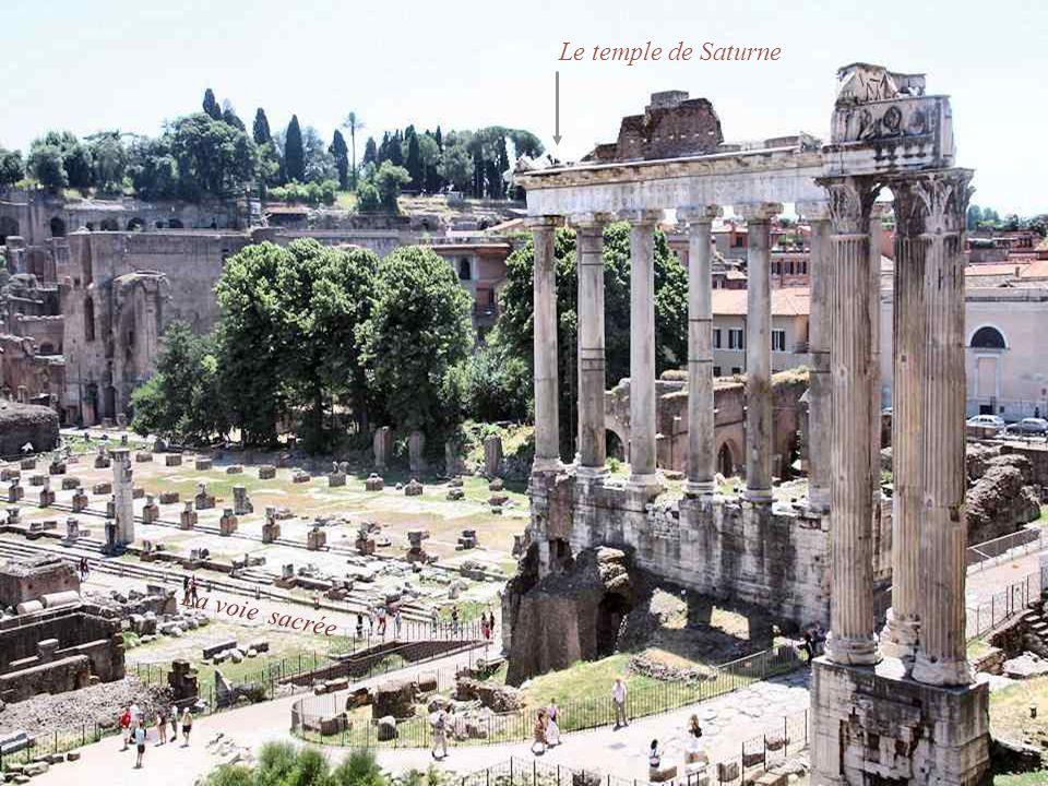 Le temple de Saturne La voie sacrée