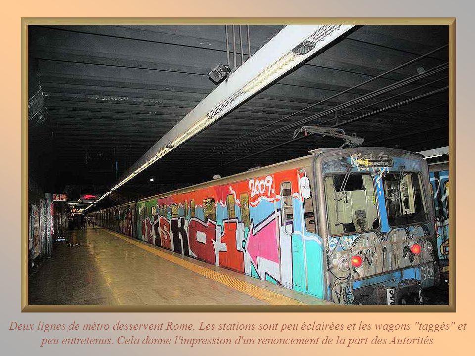 Deux lignes de métro desservent Rome