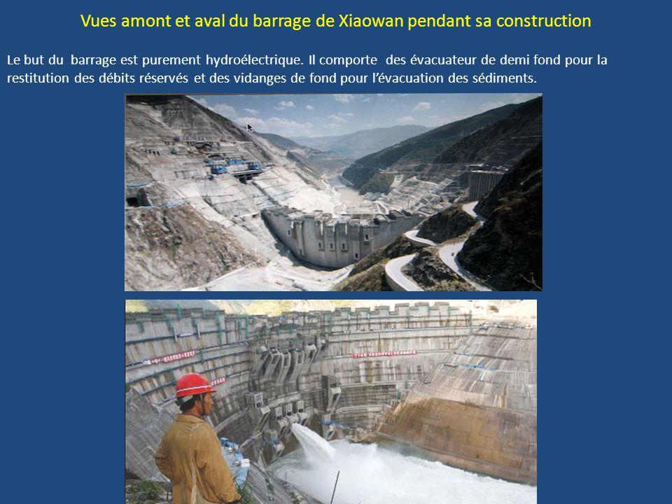 Vues amont et aval du barrage de Xiaowan pendant sa construction