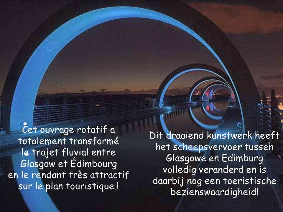 Cet ouvrage rotatif a totalement transformé le trajet fluvial entre Glasgow et Édimbourg en le rendant très attractif sur le plan touristique !