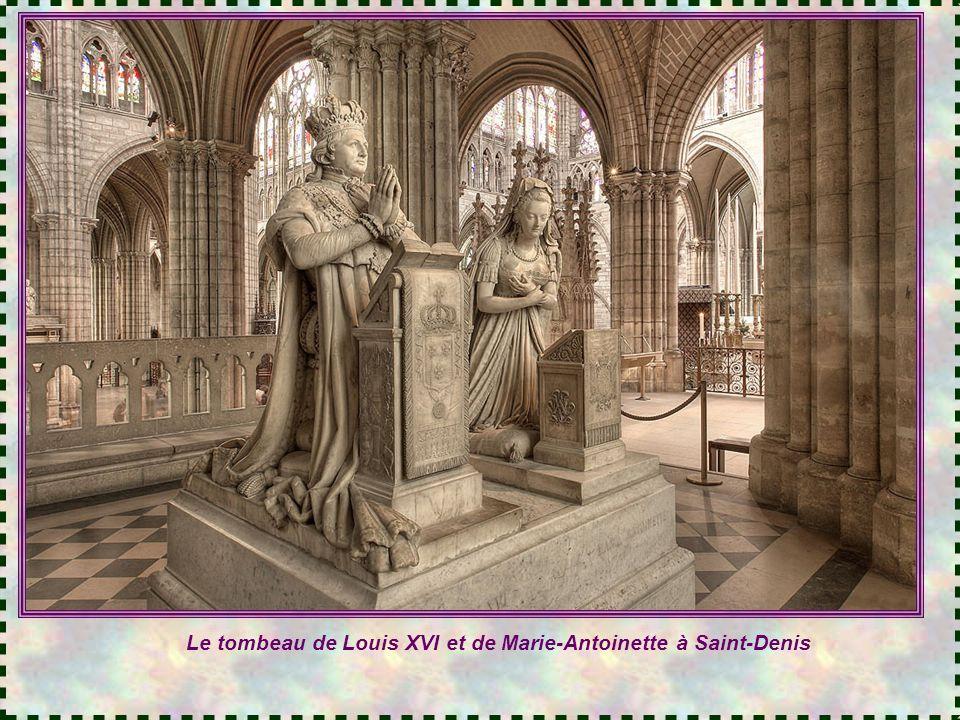 Le tombeau de Louis XVI et de Marie-Antoinette à Saint-Denis