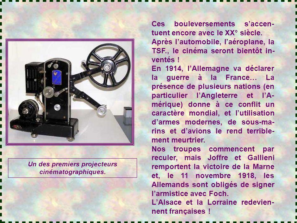 Un des premiers projecteurs cinématographiques.