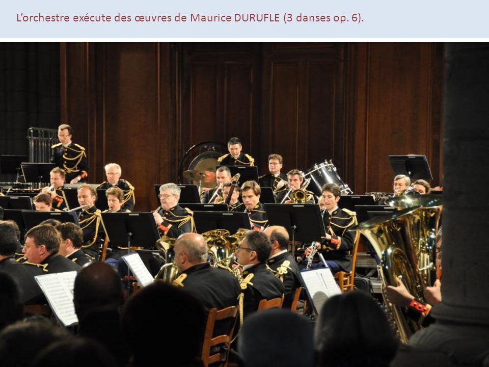L'orchestre exécute des œuvres de Maurice DURUFLE (3 danses op. 6).