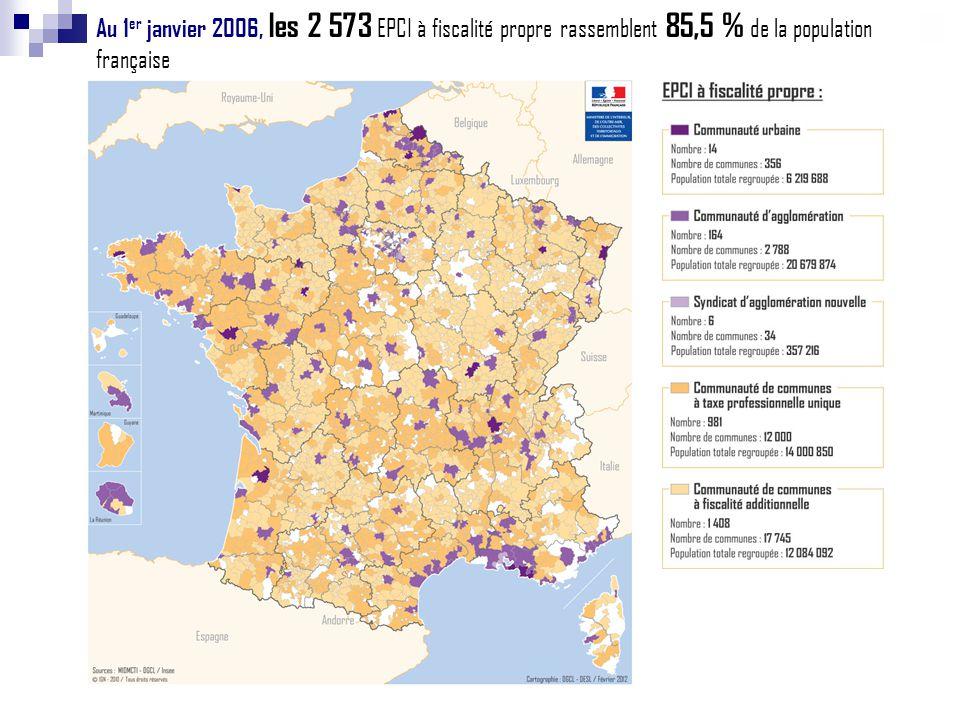Au 1er janvier 2006, les 2 573 EPCI à fiscalité propre rassemblent 85,5 % de la population française