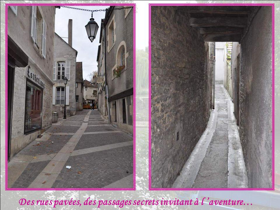 Des rues pavées, des passages secrets invitant à l 'aventure…