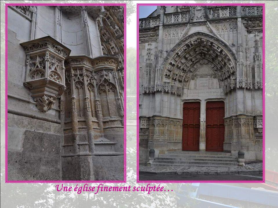 Une église finement sculptée…
