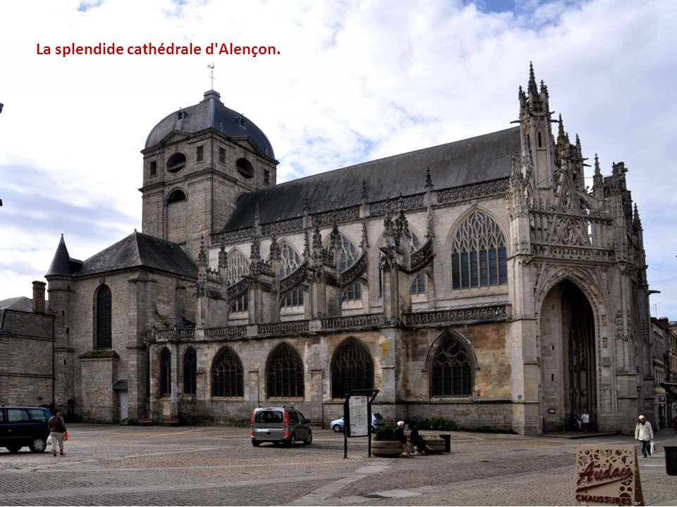 La splendide cathédrale d Alençon.