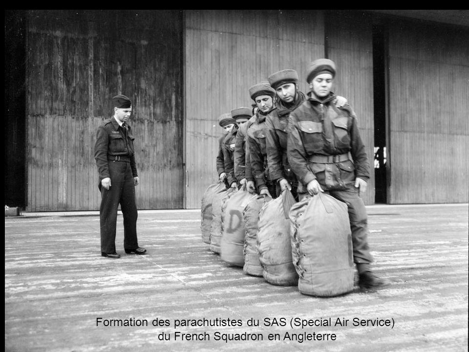Formation des parachutistes du SAS (Special Air Service)