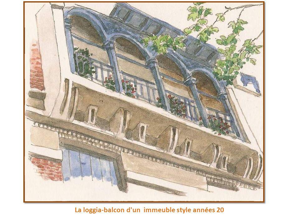 La loggia-balcon d un immeuble style années 20