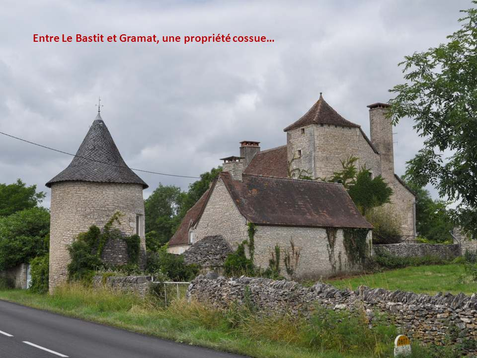 Entre Le Bastit et Gramat, une propriété cossue…