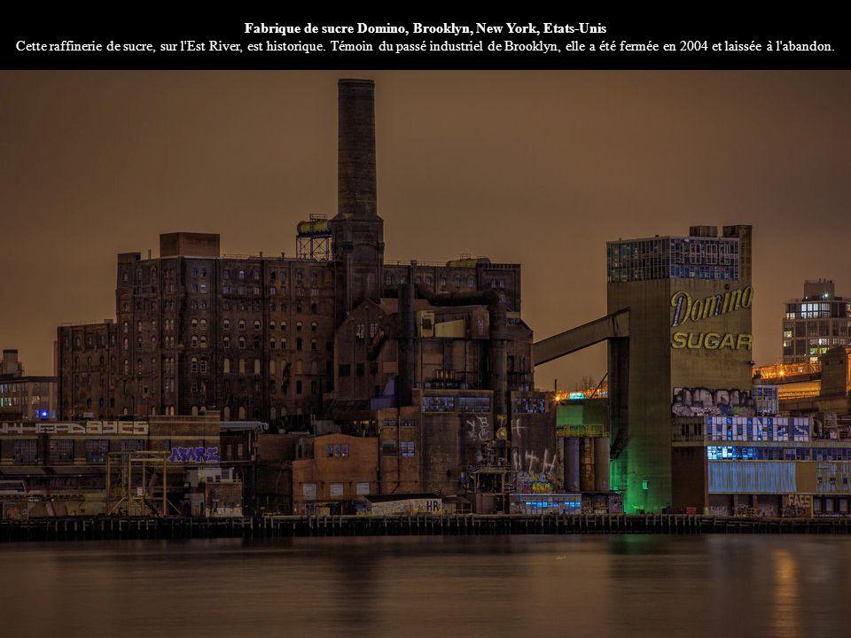 Fabrique de sucre Domino, Brooklyn, New York, Etats-Unis Cette raffinerie de sucre, sur l Est River, est historique.