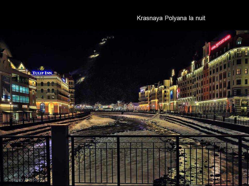 Krasnaya Polyana la nuit