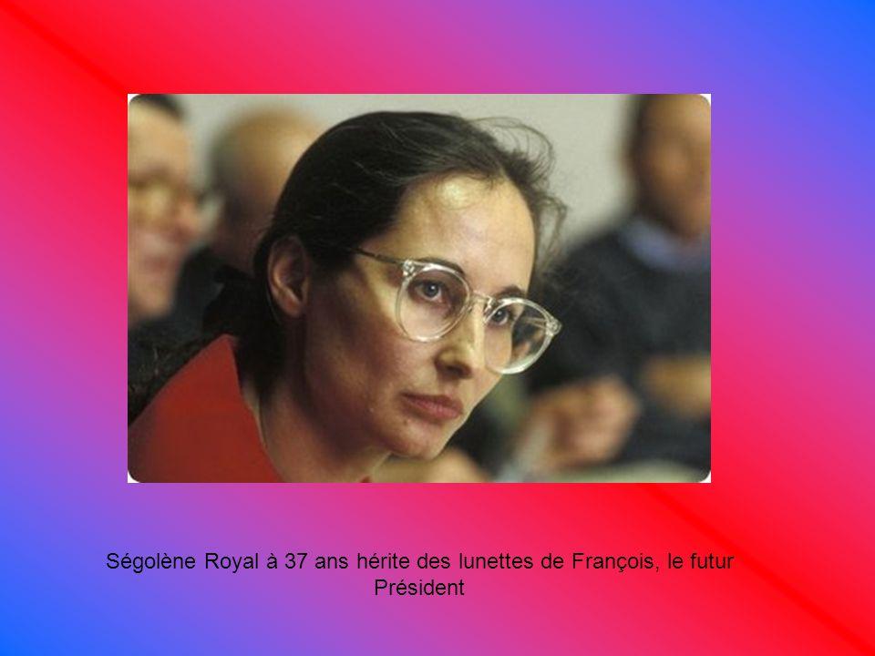 Ségolène Royal à 37 ans hérite des lunettes de François, le futur Président